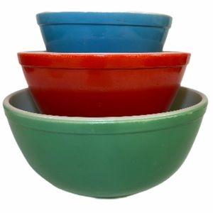 PYREX Vintage Mixing Bowl Set Green Red Blue